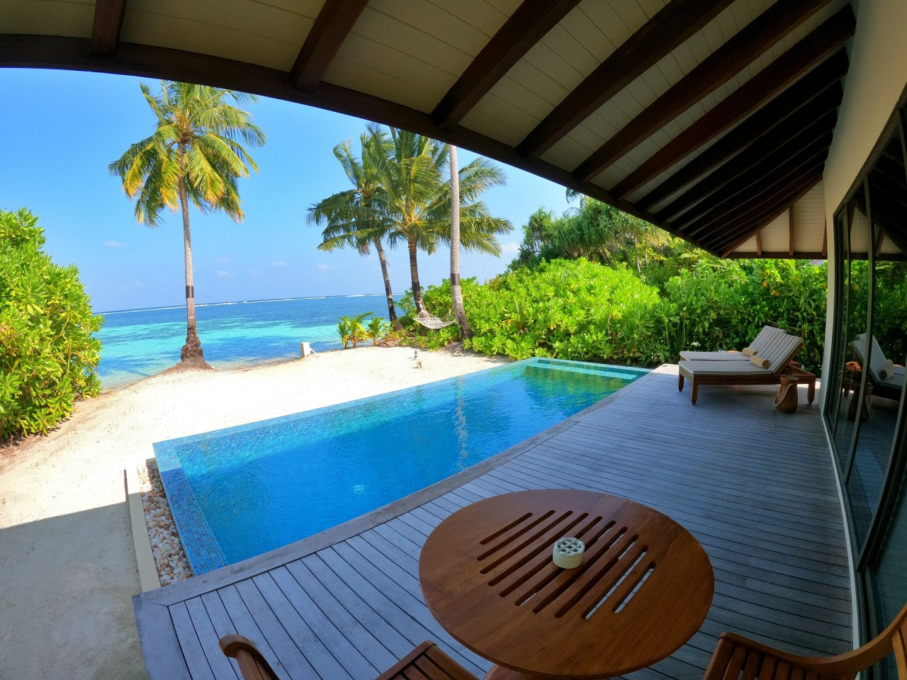 The_Residence_Maldives_Pool