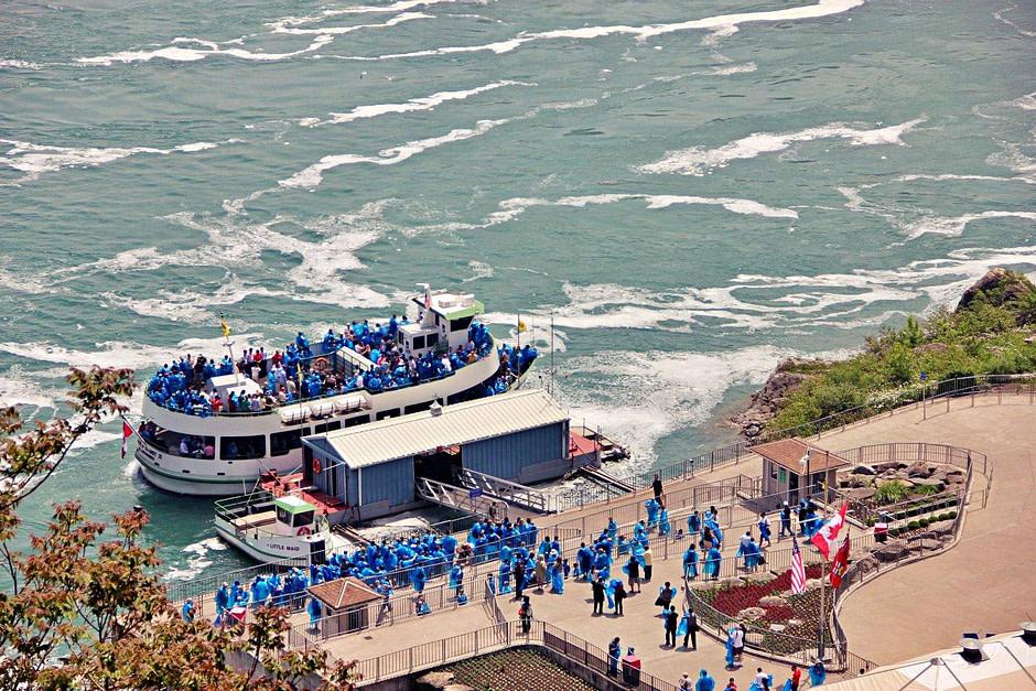 尼亚加拉瀑布游船Niagara_Fall__Ferry