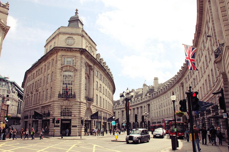 伦敦皮卡迪利圆环London_Piccadilly_Circus