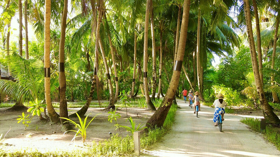 The_Residence_Maldives_Bicycle