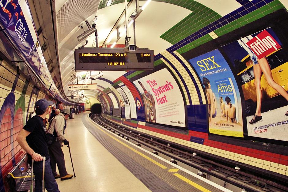 伦敦地铁Tube_Singer